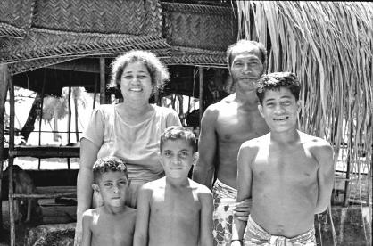 Paseka and Maaka and family, 1974